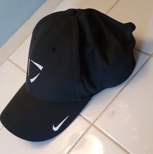 Nike Legacy 91 Dry Fit Gold Hat